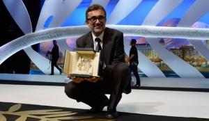 El director turco Nuri Bilge Ceylan con la Palma de Oro