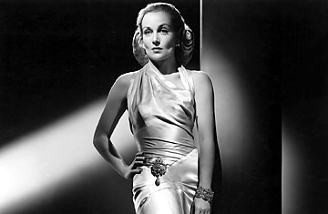 "Carole Lombard en la película ""To be or not to be"" (1942)"